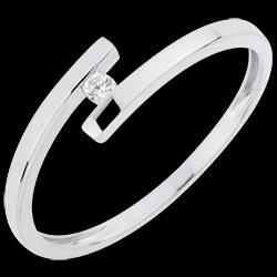 <a href=http://es.edenly.com/joyas/anillo-solitario-amor-puro,3038.html><span class='nom-prod-slide'>Solitario Brillo Eterno - Amor Puro - oro blanco - diamante 0.03 quilate - 18 quilates</span> <br><span class='prixf'>190 &#x20AC;</span> (-32%)</a>