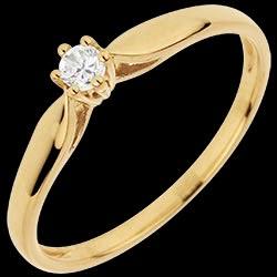 <a href=http://it.edenly.com/gioielli/anello-solitario-ramoscello,3045.html>Anello Solitario Ramoscello 6 Griffe <br><span  class='prixf'>190 &#x20AC;</span> (-34%) </a>