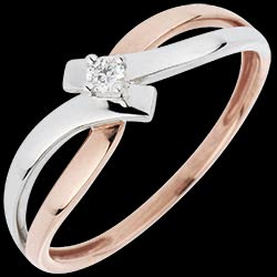<a href=http://es.edenly.com/joyas/anillo-solitario-vida-en-rosa,3049.html><span class='nom-prod-slide'>Anillo Solitario Brillo Eterno - Luz - diamante 0.05 quilates - 18 quilates</span> <br><span class='prixf'>290 &#x20AC;</span> (-33%)</a>