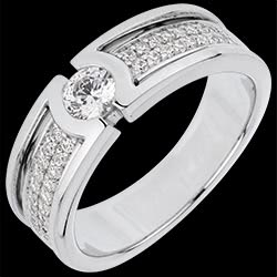 <a href=http://en.edenly.com/jewels/solitaire-ring-divinity,3057.html>Engagement Ring Constellation - Diamond Solitaire - 0.27 carat diamond <br><span class='prixf'>� 1039</span> (-55%)</a>