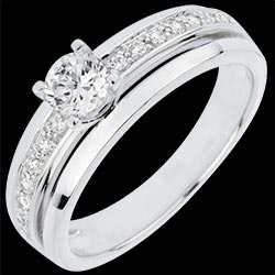 <a href=http://en.edenly.com/jewels/solitaire-ring-my-queen,3058.html>Engagement Ring Solitaire Destiny - My Queen - large size - white gold - 0.28 carat diamond <br><span  class='prixf'>� 1279</span> (-36%) </a>