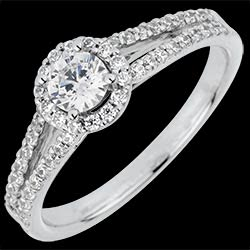 <a href=http://en.edenly.com/jewels/solitaire-ring-declaration,3070.html>Engagement Ring Destiny - Josephine - 0.3 carat diamond <br><span class='prixf'>� 1519</span> (-57%)</a>