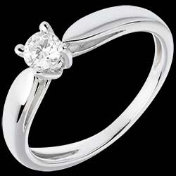 <a href=http://en.edenly.com/solitaire-rings/solitaire-tapered-ring-white-gold-25-carat,308,3.html style=color:#fff;text-decoration:none;>Solitaire tapered ring white gold - 0.25 carat <br><b style=color:#FFE492;>� 419</b> (-44%) </a>