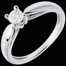 <a href=http://en.edenly.com/jewels/solitaire-tapered-ring-white-gold-carat,310.html>Solitaire tapered ring white gold - 0.3 carat <br><span  class='prixf'>� 599</span> (-58%) </a>