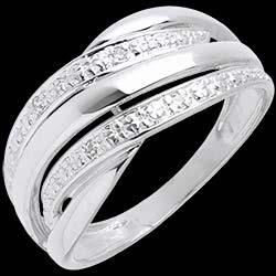 <a href=http://es.edenly.com/joyas/anillo-naja-oro-blanco-empedrado-diamantes-diamantes,76.html> Anillo naja oro blanco empedrado diamantes  - 4 diamantes <br><span  class='prixf'>340 &#x20AC;</span> (-45%) </a>