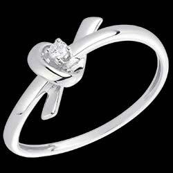 <a href=http://en.edenly.com/jewels/white-gold-and-diamond-memory-ring,1502.html>White Gold and Diamond Memory Ring <br><span  class='prixf'>� 189</span> (-44%) </a>