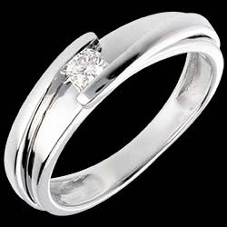 <a href=http://es.edenly.com/joyas/solitario-bipolar-oro-blanco,58.html>Solitario Nido Precioso - Bipolar - oro blanco - diamante 0.13 quilates - 18 quilates <br><span class='prixf'>590 &#x20AC;</span> (-50%)</a>