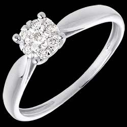 <a href=http://www.edenly.com/solitaire-diamant/bague-roseau-or-blanc-sphere-pavee-diamants,78,3.html?url=bague-fiancaille&liste_cat=2X3X4X5X12 style=color:#fff;text-decoration:none;>Bague roseau or blanc sph�re pav�e - 7 diamants - 0.12 carat <br><b style=color:#FFE492;>390 &#x20AC;</b> (-35%) </a>