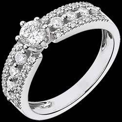 <a href=http://www.edenly.com/bijoux/solitaire-tsarine-or-blanc-pave,1081.html>Solitaire Destin�e - Tsarine - or blanc - diamant 0.28 carat <br><span  class='prixf'>SOLDES:  1070 &#x20AC;</span> (-40%) </a>