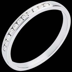 <a href=http://wedding.edenly.com/diamond-wedding-rings-bands/wedding-ring-white-gold-paved-channel-setting-11-d,559,1010.html style=color:#fff;text-decoration:none;>Half eternity ring white gold paved-channel setting - 11 diamonds <br><b style=color:#FFE492;>� 339</b> (-14%) </a>