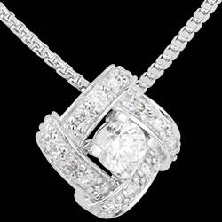 <a href=http://en.edenly.com/jewels/white-gold-and-diamond-lovers-nest-necklace,1533.html>Necklace Destiny - Persian Princess - white gold and diamonds <br><span  class='prixf'>� 959</span> (-51%) </a>