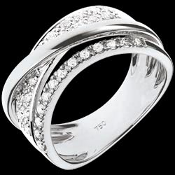 <a href=http://www.edenly.com/bijoux/bague-sublime-saturne-blanc,397.html>Bague Royale Saturne variation - or blanc  <br><span  class='prixf'>990 &#x20AC;</span> (-48%) </a>