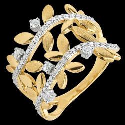 <a href=http://de.edenly.com/schmuck/ring-verzauberter-garten-zweifach-konigliches-blat,3542.html>Ring Verzauberter Garten - Zweifach K�nigliches Blattwerk - Gelbgold und Diamanten - 18 Karat <br><span class='prixf'>690 &#x20AC;</span> (-47%)</a>
