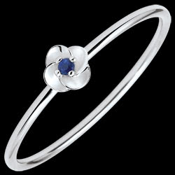 <a href=http://en.edenly.com/jewels/ring-eclosion-first-rose-small-model-white-gold-an,3575.html>Ring Eclosion - First Rose - small model - white gold and sapphire - 9 carats <br><span class='prixf'>� 119</span> (-32%)</a>
