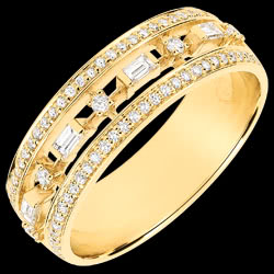 <a href=http://nl.edenly.com/juwelen/ring-lotsbestemming-kleine-keizerin-68-diamanten-g,3749.html>Ring Lotsbestemming - Kleine Keizerin - 68 diamanten - geel goud 9 karaat <br><span class='prixf'>790 &#x20AC;</span> (-36%)</a>