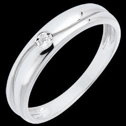 <a href=http://es.edenly.com/joyas/anillo-eden-amor-oro-blanco-diamante,677.html>Anillo Ed�n de amor oro blanco y diamante <br><span  class='prixf'>180 &#x20AC;</span> (-28%) </a>