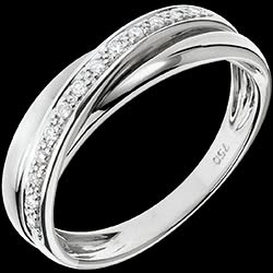 <a href=http://en.edenly.com/jewels/ring-trifoly-white-gold,707.html>Ring Saturn Diamond - white gold - 18 carat <br><span  class='prixf'>� 479</span> (-54%) </a>