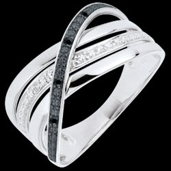 <a href=http://es.edenly.com/joyas/anillo-elite-oro-blanco-diamantes-negros-blancos,764.html>Anillo Saturno Cuatri - oro blanco - diamantes negros y blancos - 18 quilates <br><span  class='prixf'>440 &#x20AC;</span> (-39%) </a>