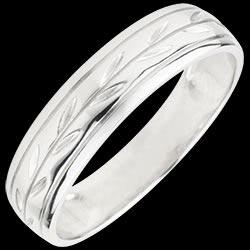 <a href=http://www.edenly.com/bijoux/alliance-romulus-or-blanc,1822.html>Alliance Fraicheur - Rameaux grav�s variation or blanc - 18 carats <br><span  class='prixf'>SOLDES:  290 &#x20AC;</span> (-67%) </a>
