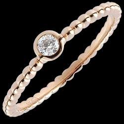 <a href=http://www.edenly.com/bijoux/bague-solitaire-caviar-or-or-rose-9k,1416.html>Bague Solitaire Fleur de Sel - un anneau - or rose - 0.08 carat <br><span  class='prixf'>250 &#x20AC;</span> (-38%) </a>