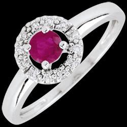 <a href=http://es.edenly.com/joyas/anillo-clevia-rubies,2624.html>Anillo Cl�via - rub�es <br><span  class='prixf'>390 &#x20AC;</span> (-47%) </a>