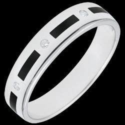 <a href=http://www.edenly.com/bijoux/alliance-titania-laque-noire-diamants-5mm,2701.html>Alliance Clair Obscur - pointill�s laque noire - 4 diamants - 5mm - 9 carats <br><span  class='prixf'>SOLDES:  240 &#x20AC;</span> (-59%) </a>