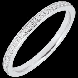 <a href=http://www.edenly.com/bijoux/alliance-eclats-diamant-tour-complet-or-blanc-diam,2855.html>Alliance Eclats de diamant - tour complet - or blanc et diamants <br><span  class='prixf'>460 &#x20AC;</span> (-40%) </a>