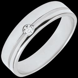 <a href=http://www.edenly.com/bijoux/alliance-olympia-diamant-moyen-modele-or-blanc,2796.html>Alliance Olympia Diamant - Moyen mod�le - or blanc <br><span  class='prixf'>990 &#x20AC;</span> (-37%) </a>