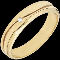 <a href=http://www.edenly.com/bijoux/alliance-king-diamant-or-jaune,2830.html>Bague Amour - Alliance homme or jaune - diamant 0.022 carat - 9 carats <br><span  class='prixf'>SOLDES:  240 &#x20AC;</span> (-59%) </a>